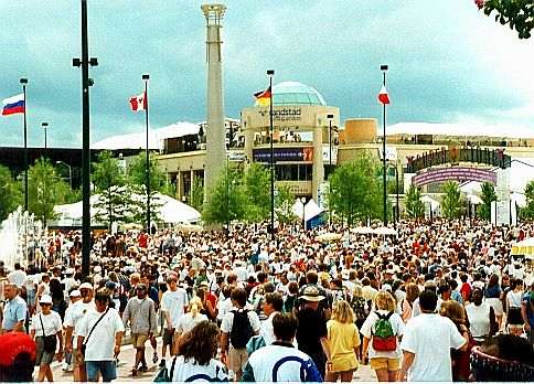 1996: Atlanta hosts the 1996 Centennial Olympic Games in Centennial Olympic Park.